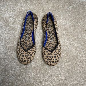 Rothys Round Toe Flats in Cheetah Print Size 6.5